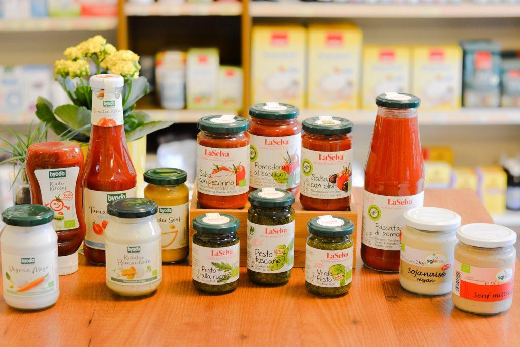 camoni-natur-reform-krumpendorf-sortiment-saucen-pestos